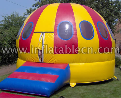 Inflatable UFO House Jumper