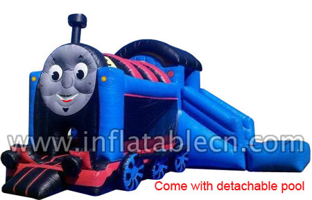 Thomas train combo with detachable pool