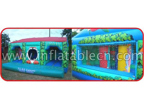 outdoor inflatable bouncer house