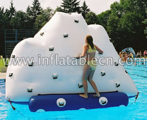 Inflatable Iceberg Water Climb